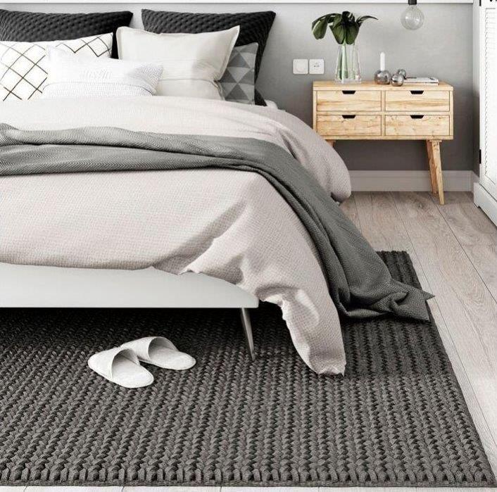 Ciepły dywan do sypialni